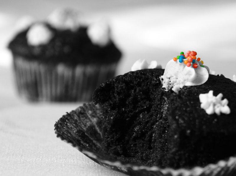 http://bearhome.persiangig.com/weblog/chocolate-cup-cake2.jpg